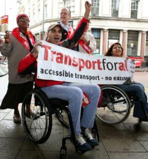 Lambeth residents held placards and chanted for accessible transport outside Vauxhall tube station. Photo credit: yourlocalguardian.co.uk
