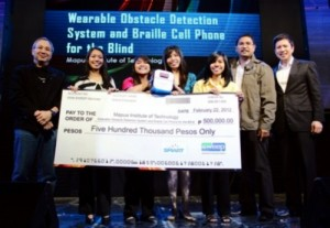 Students from Mapua receive their award from officials of Smart Communications Inc.