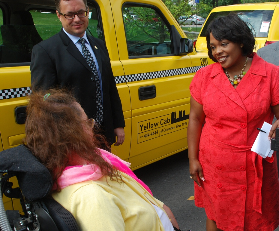 Yellow Cab Columbus >> Yellow Cab Of Columbus Unveils City S First Wheelchair