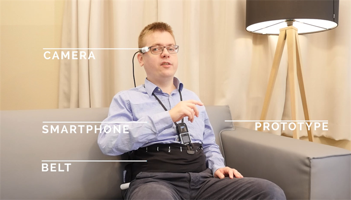 person wearing Vibrotactile wearable Device